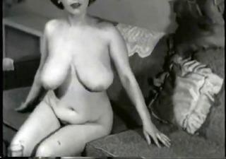 breasty vintage mother i