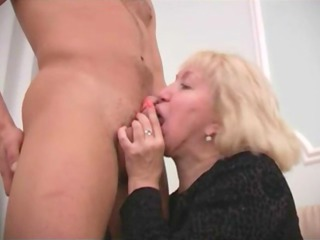 son fucks teaching mommy muff