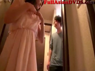 japanese mother copulates her son(2)