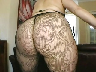 Big ass brunette MILF amateur in sexy black