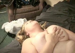 fat bbw blond d like to fuck lesbian babes